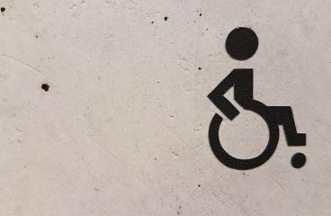Quelles sont les normes accès handicapés ?